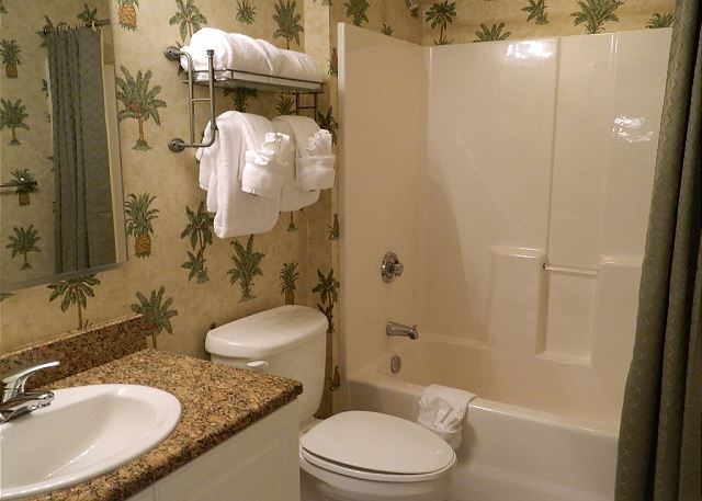 Nicely Remodeled Third Bath. Fresh Bath Linens Are Stocked For Your Stay.