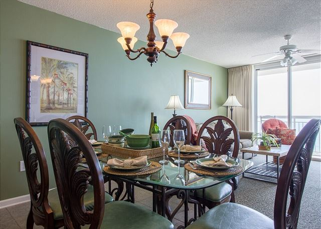 Dining room with seating for everyone