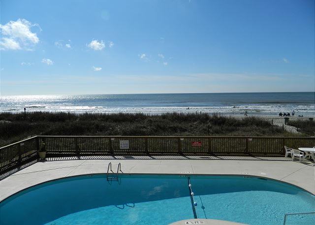 Take a look at the breathtaking views of the Alantic Ocean you will be enjoying.