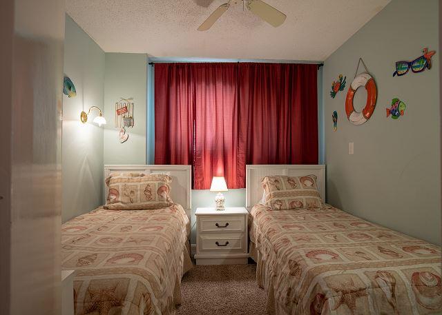 Bedroom #3: Twin beds, flat screen tv