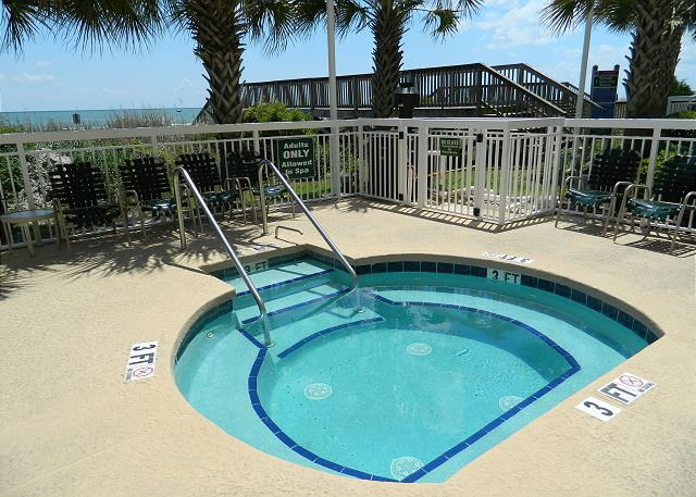 Hot tub or cold plunge -- enjoy all that this great Crescent Shores property has to offer.