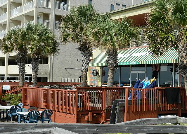 Just across the parking lot, Molly Darcy's oceanfront deck offers drinks and meals so enjoy an afternoon in the sun.