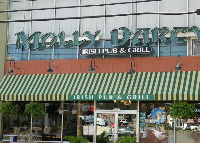 Molly Darcy's Irish Pub -- just next door for beachside cafe dining.