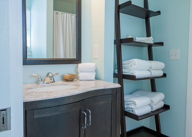 Another shared guest bathroom.  Well stocked with towels during your stay.