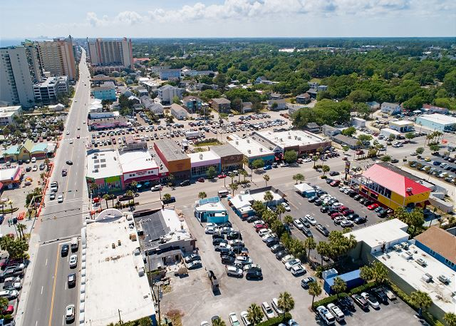 The perfect location, at the intersection of 17th Avenue and Oce