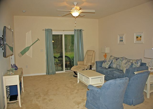 Comfy, cozy living room with soothing colors