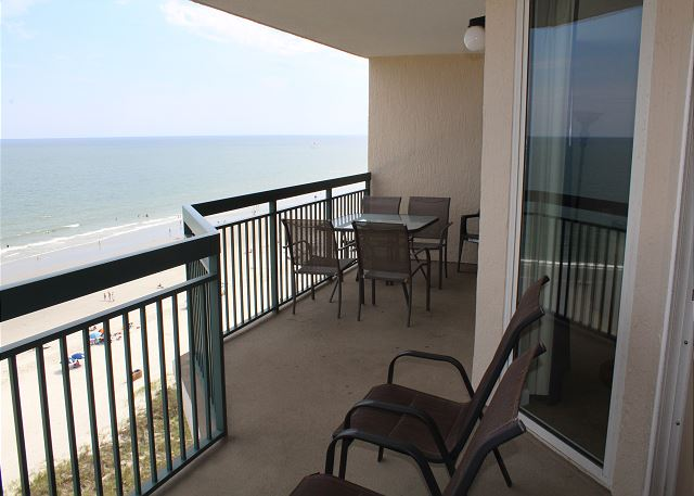 Enjoy a morning coffee or afternoon tea on this huge ocean front balcony.  sit and take it all in!
