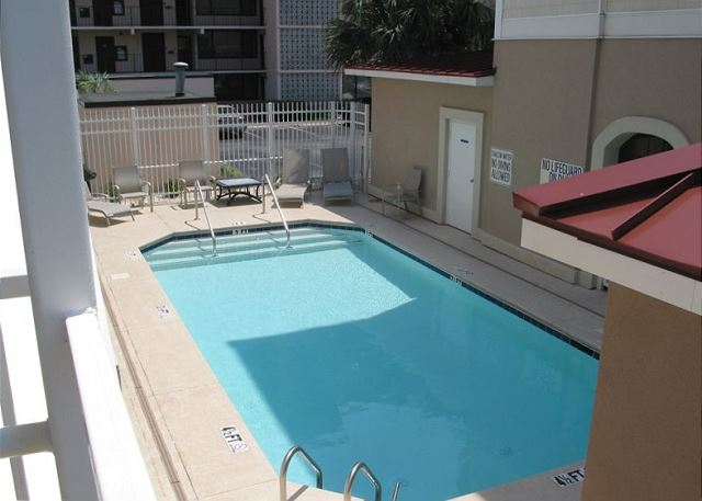 Private Courtyard Pool shared by 4 Windward Palms condos