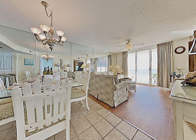 Crescent Shores #204 North Oceanfont Balcony