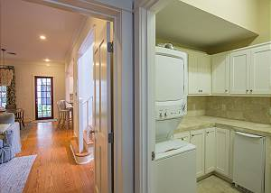 Full Size Laundry Room