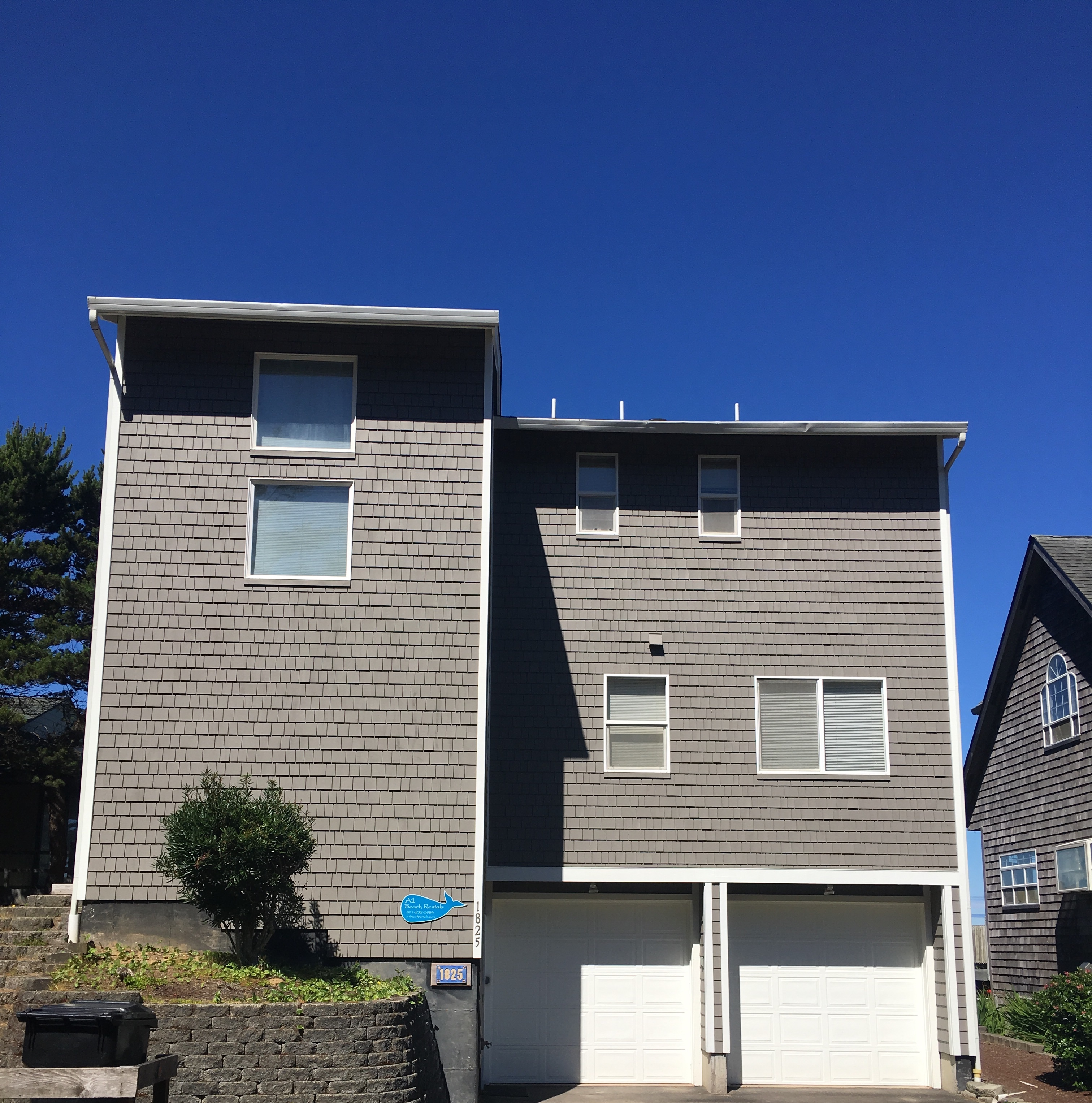 Vacation Rentals In Lincoln City Or: Pacific Escape Beach House Rental