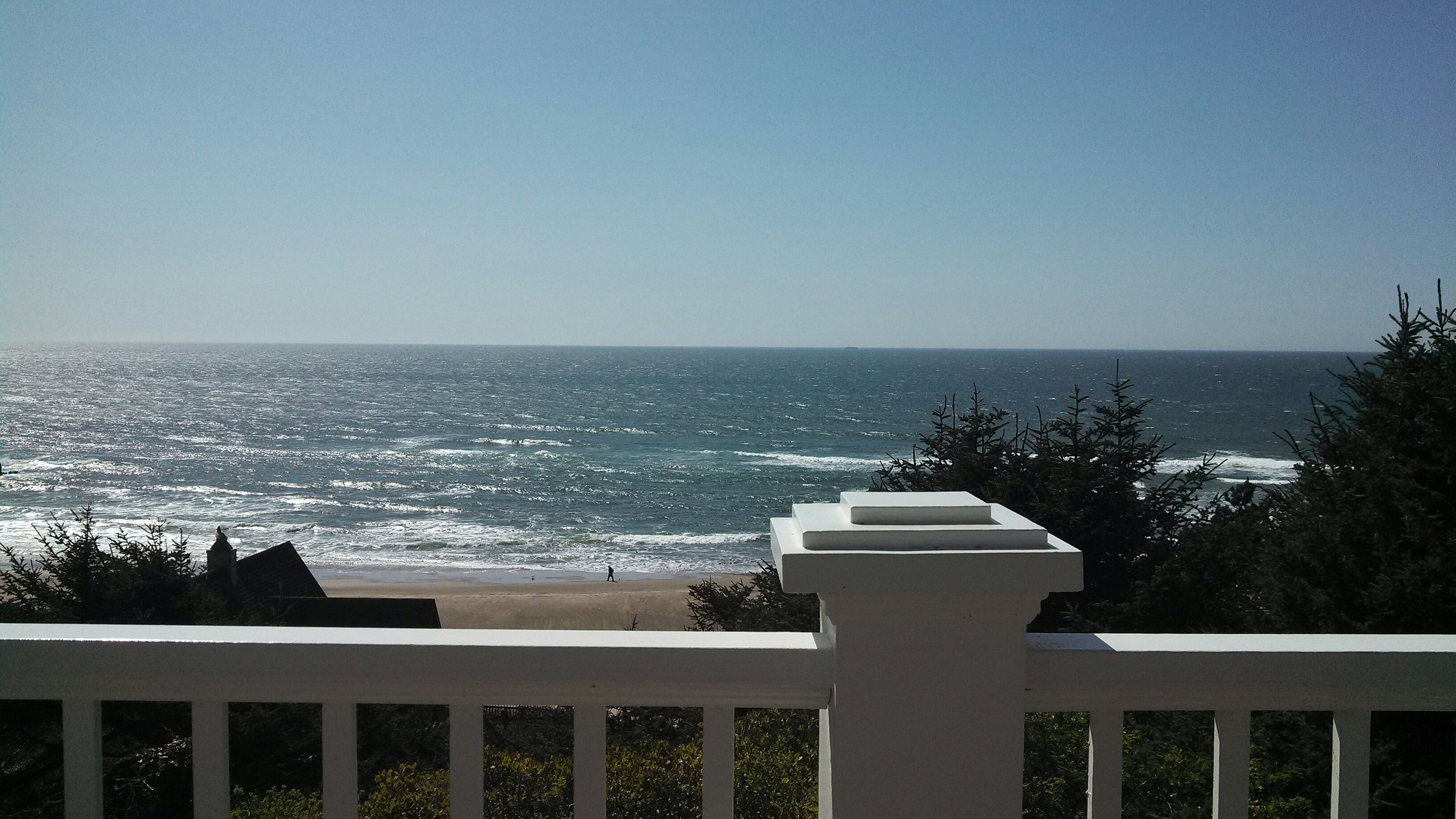 house beach lincoln in oliviabeachhouse living rental our city home olivia oregon img rentals rent