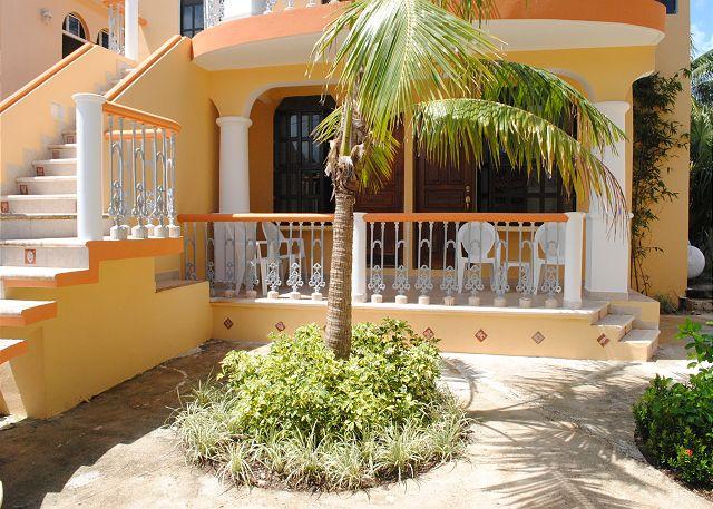 Casa Juanita #1 & #2 entrance