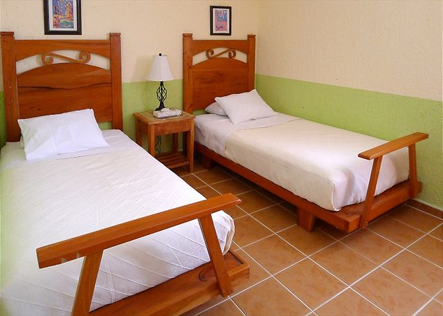 puerto morelos quintana roo mexico izamal 2 abbey del sol. Black Bedroom Furniture Sets. Home Design Ideas