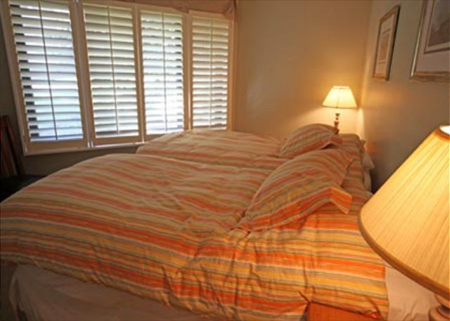 Bedroom is located on main floor with two twin beds that can be made into a king upon request.