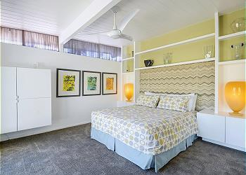 Beautiful Guest Room at Mid Mod Sunsation