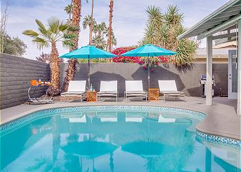 Palm Springs Pool Pad