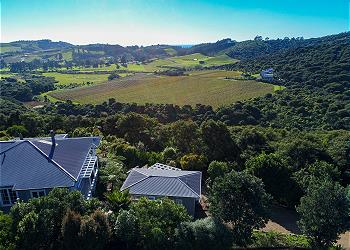 Vineyard Ridge, Onetangi