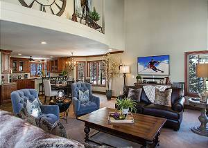 Luxurious 5 Bedroom ski-in, ski-out Beaver Creek Townhome!