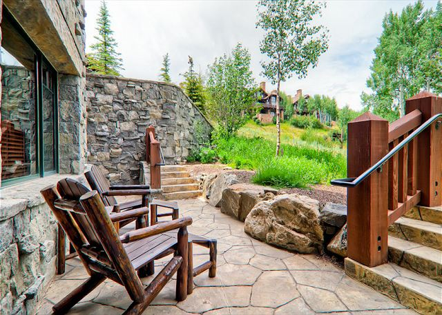 Your private patio...enjoy!