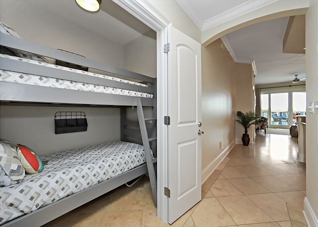 Built In Bunk Area with 2 twin beds
