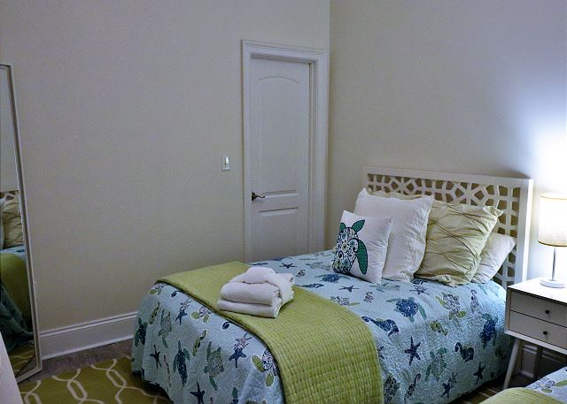 2 Full Bedroom
