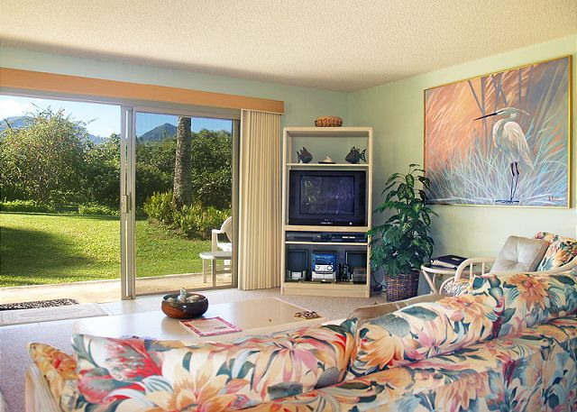 Fabulous garden and mountain view living room at Alii Kai 2101.  Recently redecorated!