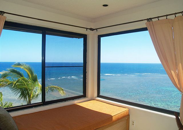 Additional living room window for views in every direction
