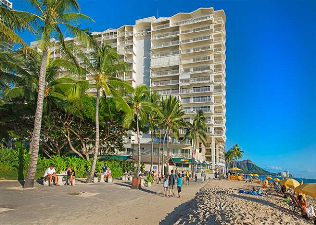 Waikiki Shore Beachfront