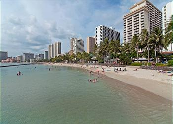 Few Minutes Walk to the Best Beaches in Waikiki!