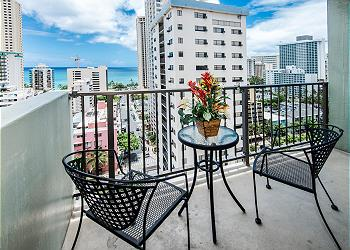 Waikiki Park Heights Ocean 1 BDR on the 16th Floor
