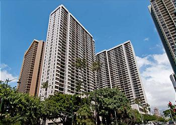 The Waikiki Banyan