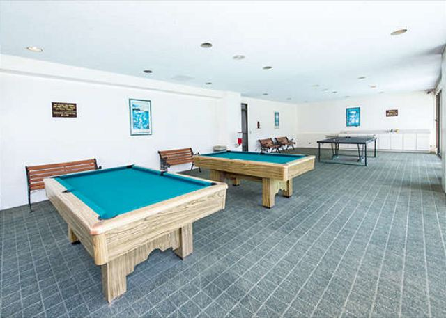 The Royal Kuhio Rec Room with Pool Tables