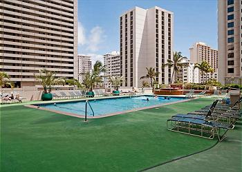 The 6th Floor Pool Deck