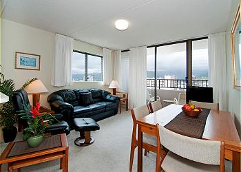 Royal Kuhio City 1 BDR on the 30th Floor