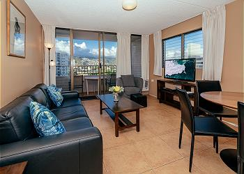 Royal Kuhio City 1 BDR on the 13th Floor