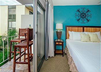 カバナ・ワイキキ (Cabana at Waikiki) #305