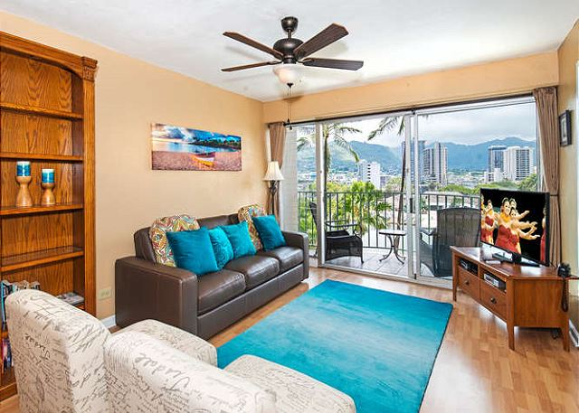 Waikiki condo with sweeping mountain views, ID#225876