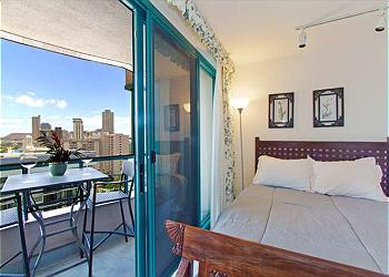 Guest Room with Lanai
