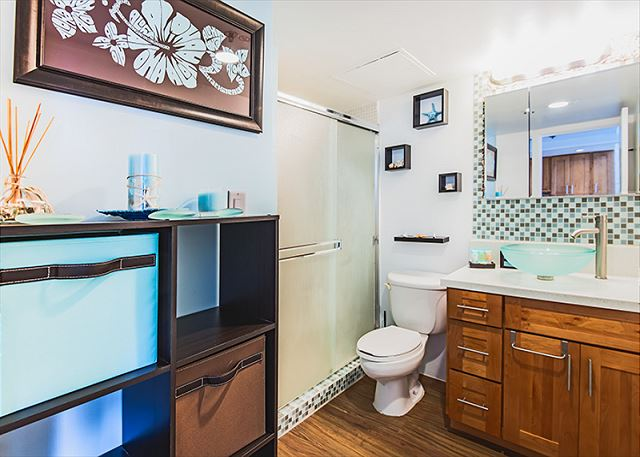 Spacious Renovated Bathroom