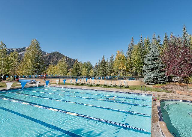 Pool Autumn