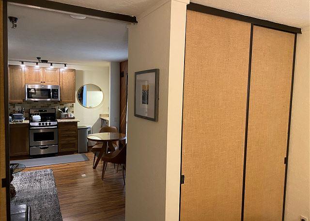 Bedroom/ Kitchen