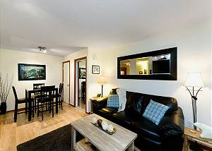83 Glaciers Reach, a 1br with hot tub & pool in Whistler Village