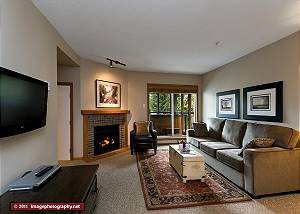 64 Glaciers Reach, a 2br with hot tub & pool in Whistler Village