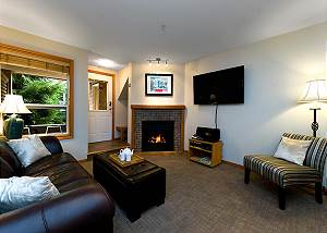 88 Glaciers Reach, a 2br with hot tub & pool in Whistler Village
