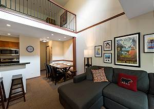51 Glaciers Reach, a 2br with hot tub & pool in Whistler Village
