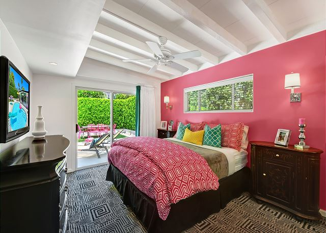 Palm Springs, CA United States - Pink Amigo | Altamira Vacation Rentals