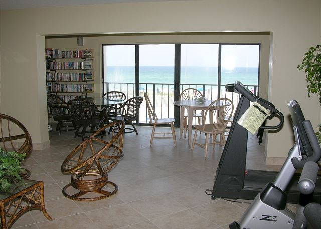 Complex Reading/Exercise Room