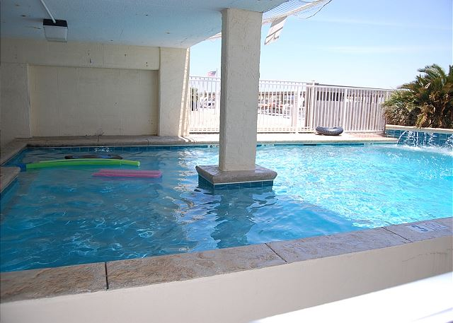 Pool View2