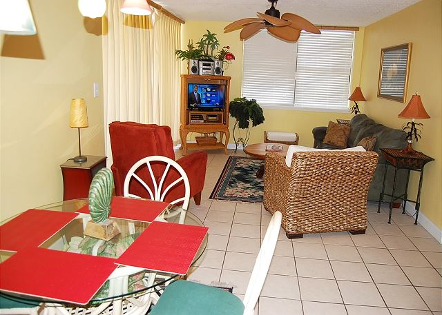 Living Area View2